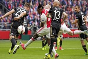 Ajax kian dekat final liga Europa