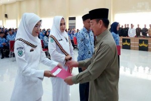 Puluhan Bidan PTT Diangkat Jadi CPNSD