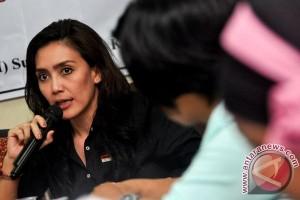 Rieke Diah Pitaloka berikan dukungan kepada Nuril