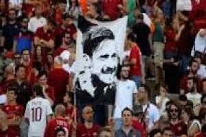 Roma amankan peringkat kedua di harinya Totti