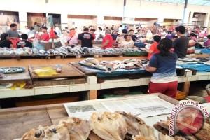Perbaiki kebersihan Pasar Gudang Lelang