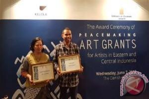 Denmark Serahkan Hibah Cipta Perdamaian Kepada Dua Seniman Indonesia