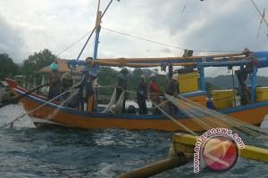 Nelayan Sumut hentikan penggunaan pukat tarik