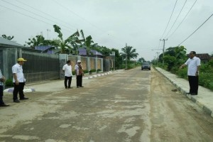 Dinas PU Lamteng Perbaiki Jalur Mudik