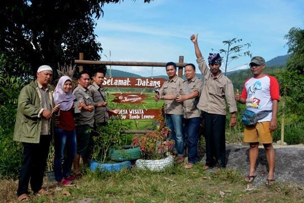 Kelompok Sadar Wisata Ulubelu Belajar ke Jambi
