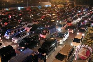 Arus Balik di Bakauheni Dipadati Kendaraan Pribadi