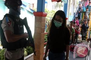 Polisi Bersenjata Jaga Salat di Musala Bakauheni