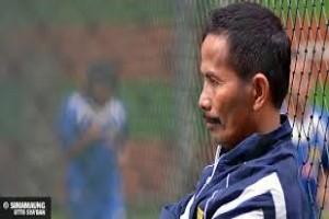Djanur mundur sebagai pelatih Persib