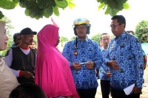 Warga Lampung Tengah Keluhkan Lama Urus Dokumen