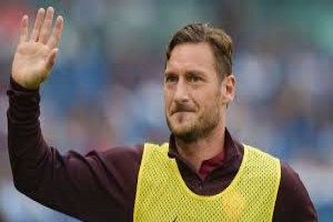 Totti direktur AS Roma