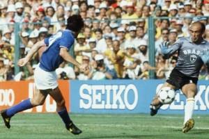 Kiper Brazil PD 1982 meninggal