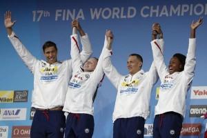 AS cetak rekor dunia 4x100 gaya ganti campuran