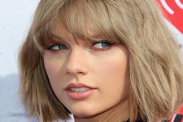Taylor Swift luncurkan album