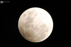Fenomena Gerhana Bulan Sebagian di Indonesia