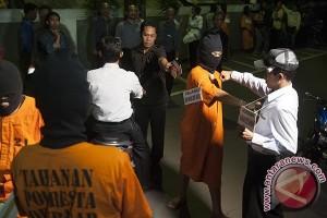 Terdakwa kasus pembunuhan prajurit TNI  dituntut  maksimum 5,5 tahun penjara