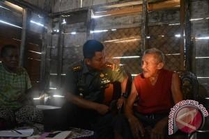 Dandim Lampung Tengah Kunjungi Veteran Perang Mbah Sumo Prawiro