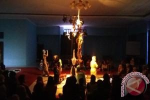 Teater Keliling Berikan Semangat Perjuangan Mahasiswa Lampung