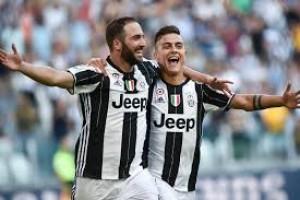 Juventus menang 3-0 atas Cagliari