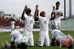 SEA Games - Sepuluh Pemain Indonesia Tahan Vietnam 0-0