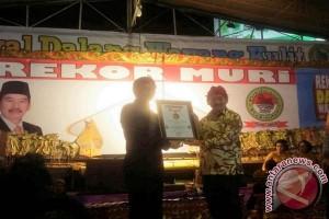 Festival Dalang Wayang Kulit Raih Rekor MURI