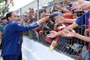 Presiden Jokowi Ingatkan Siswa Untuk Belajar dan Ibadah