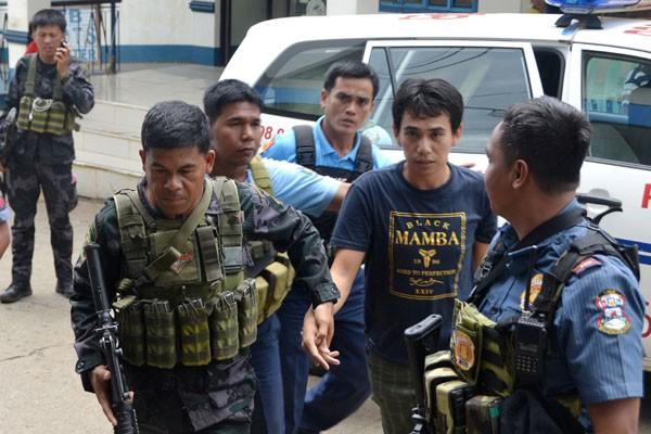 WNI Dibebaskan Militer Filipina Diserahkan Kepada Pemri