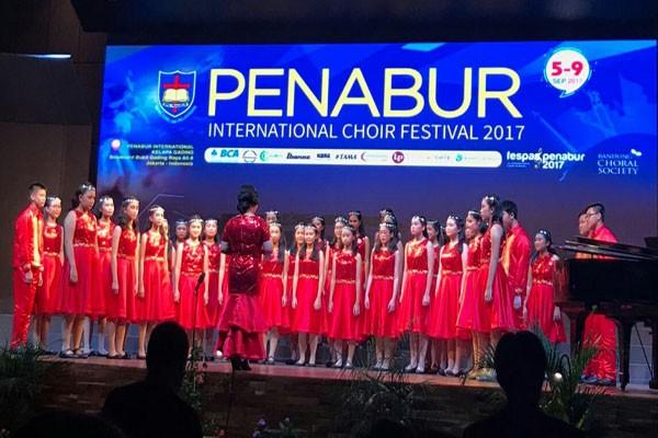 SMP Penabur Bandarlampung Raih Perak PICF 2017