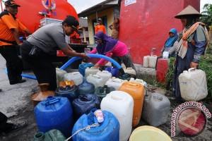 Warga Bandarlampung Terima Air Bersih
