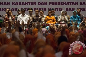 Presiden Minta Daerah Alokasikan Dana Guru PAUD