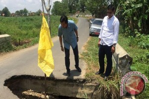 Warga Menggala Tulangbawang Keluhkan Gorong-gorong Rusak