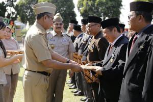 Pemprov Lampung Serahkan Sertifikat Tanah Kepada Kabupaten/kota