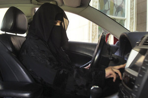 Perempuan Di Arab Saudi Diizinkan Mengemudi Mobil