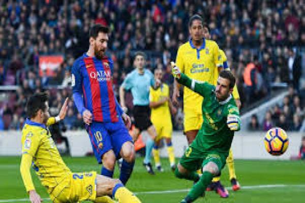 Messi kemas dua gol