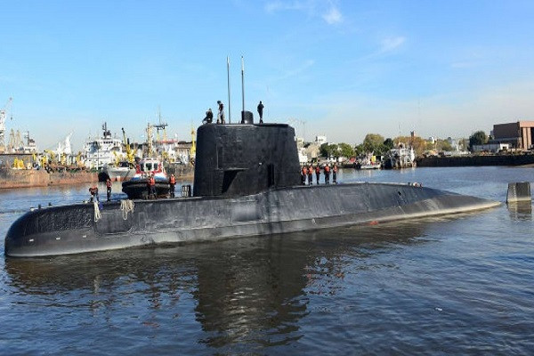 Ada Ledakan di Daerah Pencarian Kapal Selam Argentina
