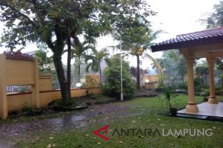 BMKG: waspadai hujan lebat-petir di Lampung