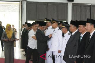 Bupati Waykanan lantik 93 pejabat Administrator dan Pengawas