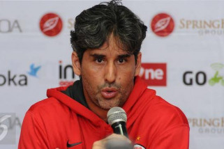 Pelatih Persija tersanjung penghargaan The Jakmania