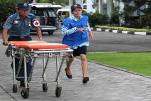 TNI AL evakuasi mayat dari laut