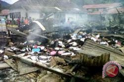 Polisi Periksa Tiga Saksi Terbakarnya Gedung Didiskpora