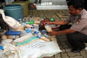 Polisi Maros gagalkan pengiriman minuman keras