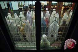 Sebagian Umat Muslim Makassar Gelar Tarawih Pertama