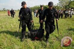Polisi Temukan Rangkaian Mirip Bom Dipersawahan