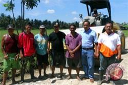 Perusahaan Sawit Mamuju Bangun Jalan 3,7 Km