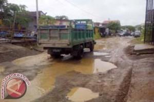 Bappeda : Jalan Abdul Syakur Mamuju Segera Diperbaiki