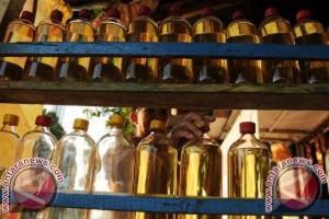 Pedagang Pengecer Mamuju Jual BBM Rp7.000/liter