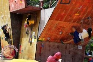 Makassar bangun fasilitas panjat tebing