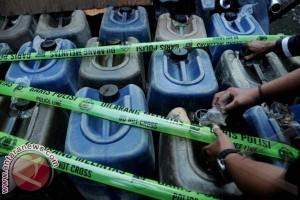 Polres Majene Amankan 60 Jerigen BBM Ilegal