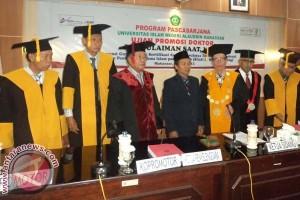 Sulaiman Saat Doktor ke-216 UIN Alauddin Makassar