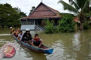 Banjir rendam pemukiman Lembah Hopo Mamuju Tengah