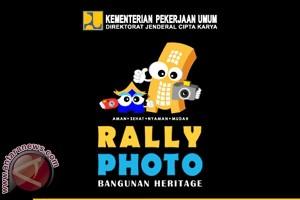 "Kementerian PU Serahkan Hadiah ""Rally Foto"" Makassar"